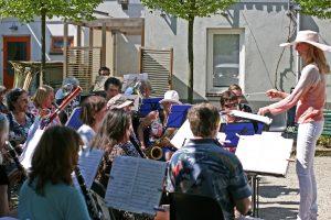 Moederdagconcert Westerharmonie - Dorpsplein Sloten 8 mei 2016